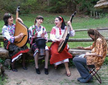 http://ukr-pisni.at.ua/_pu/0/76660624.jpg