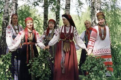 http://ukr-pisni.at.ua/_pu/0/s24661675.jpg